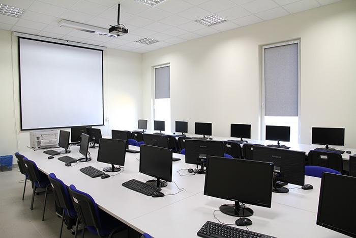 Pracownia komputerowa kierunku Informatyka - woj Śląskie, Katowice