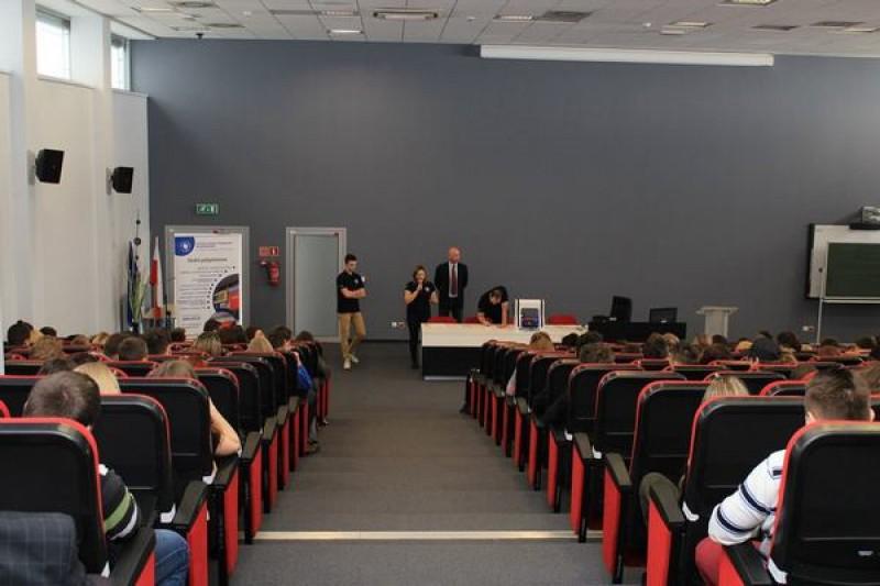 Fotorelacja - Techniczno-Artystyczny Dzień Otwarty w Wyższej Szkole Technciznej w Katowicach