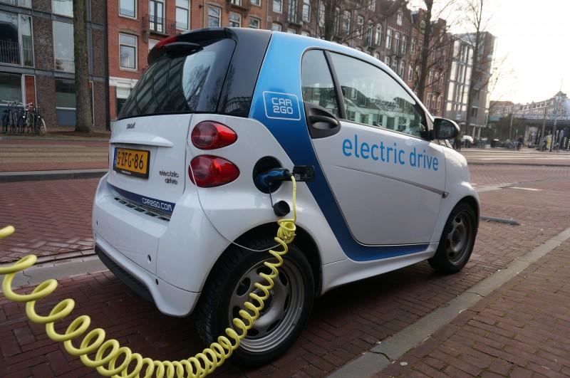 Już wkrótce studenci WST będą projektować samochody elektryczne i hybrydowe