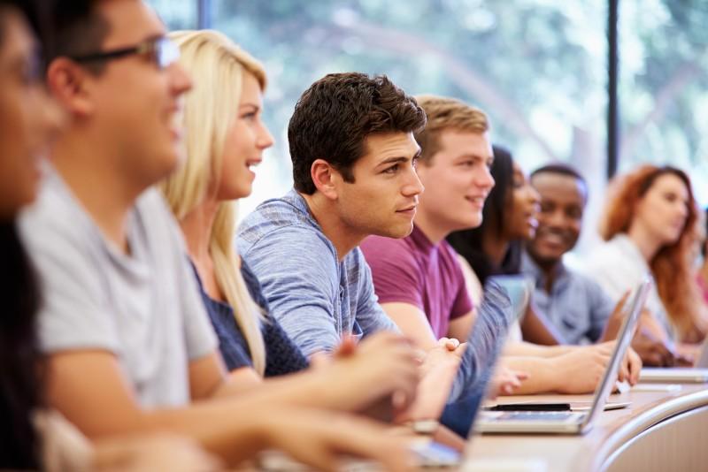 II termin egzaminu na kierunek lekarski (egzamin na poziomie maturalnym z rozszerzenia z Biologi oraz Chemii)