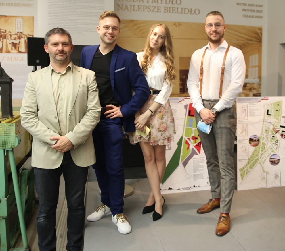 Studenci architektury WST laureatami w konkursie architektoniczno - urbanistycznym!!!